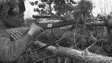 Советский снайпер