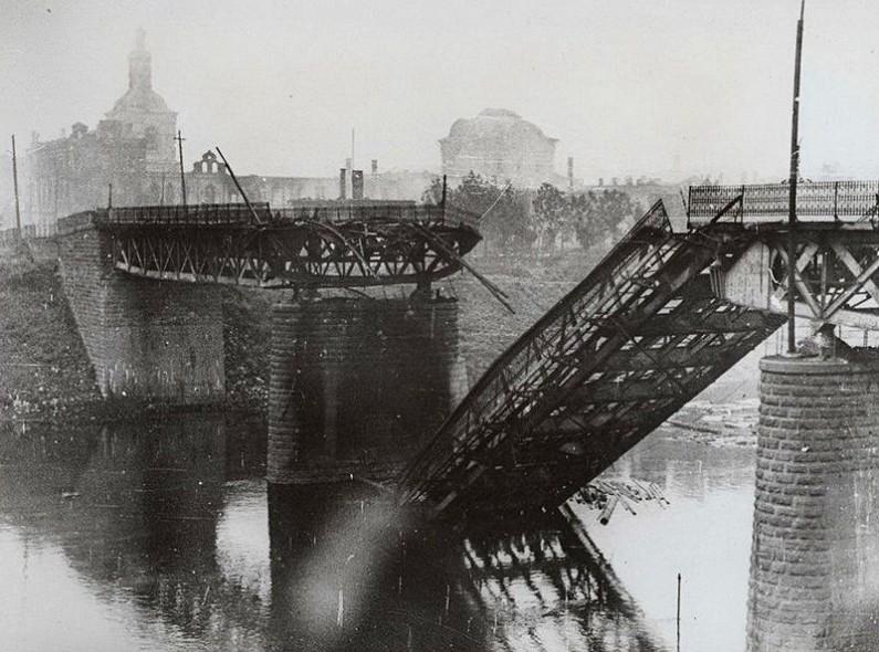 Взорванный мост великая Отечественная война
