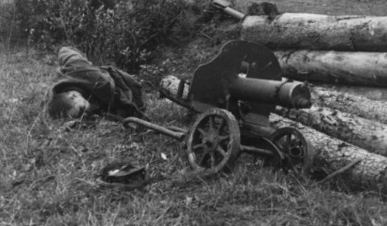 советский пулеметчик