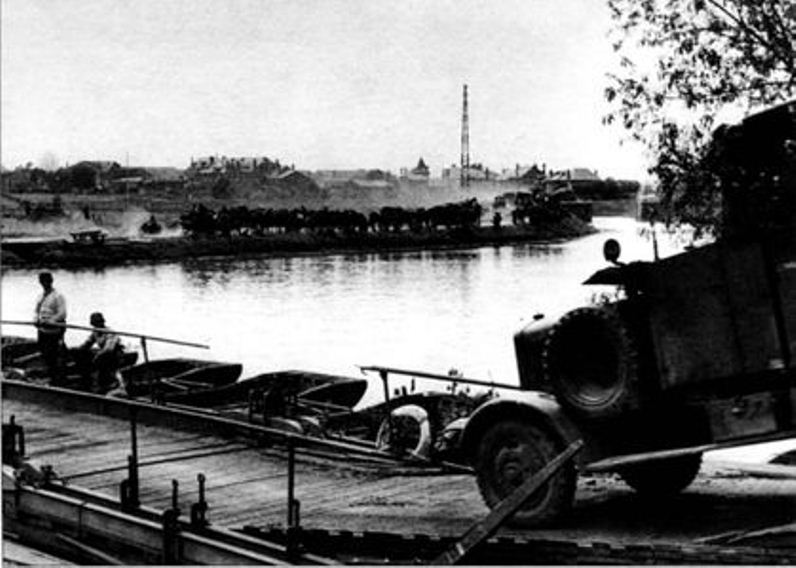 Мост через Буг
