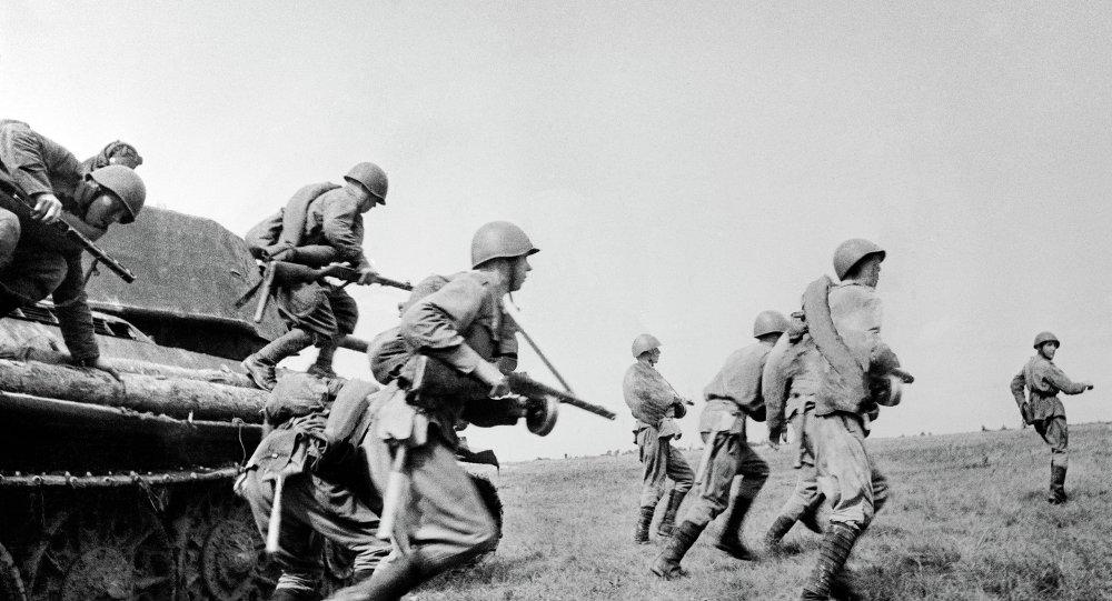 Атака советских полков ВОВ