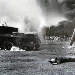 Сгоревший танк БТ-5