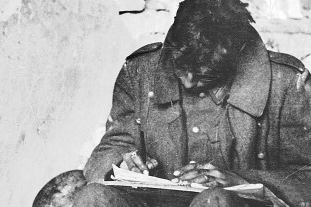 Немецкий солдат пишет домой ВОВ
