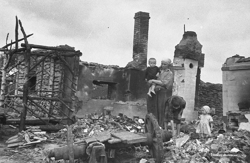 Освобождение деревни от окопавшихся фашистов