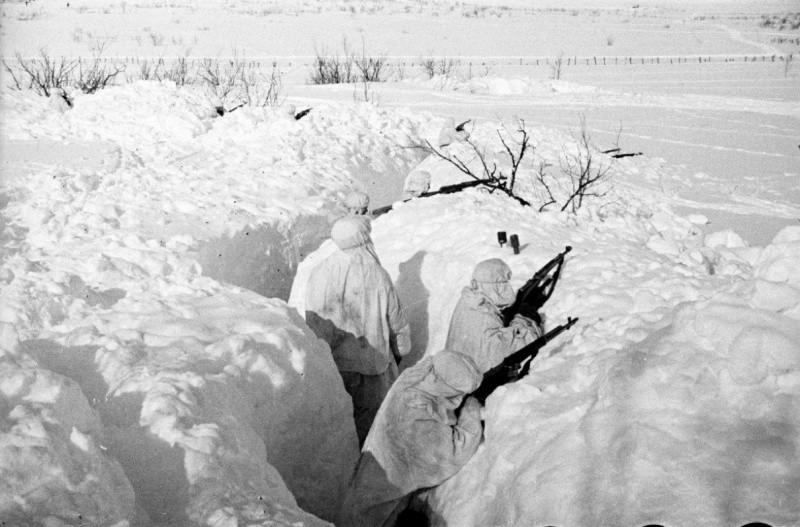 Разведчики в снегу ВОВ