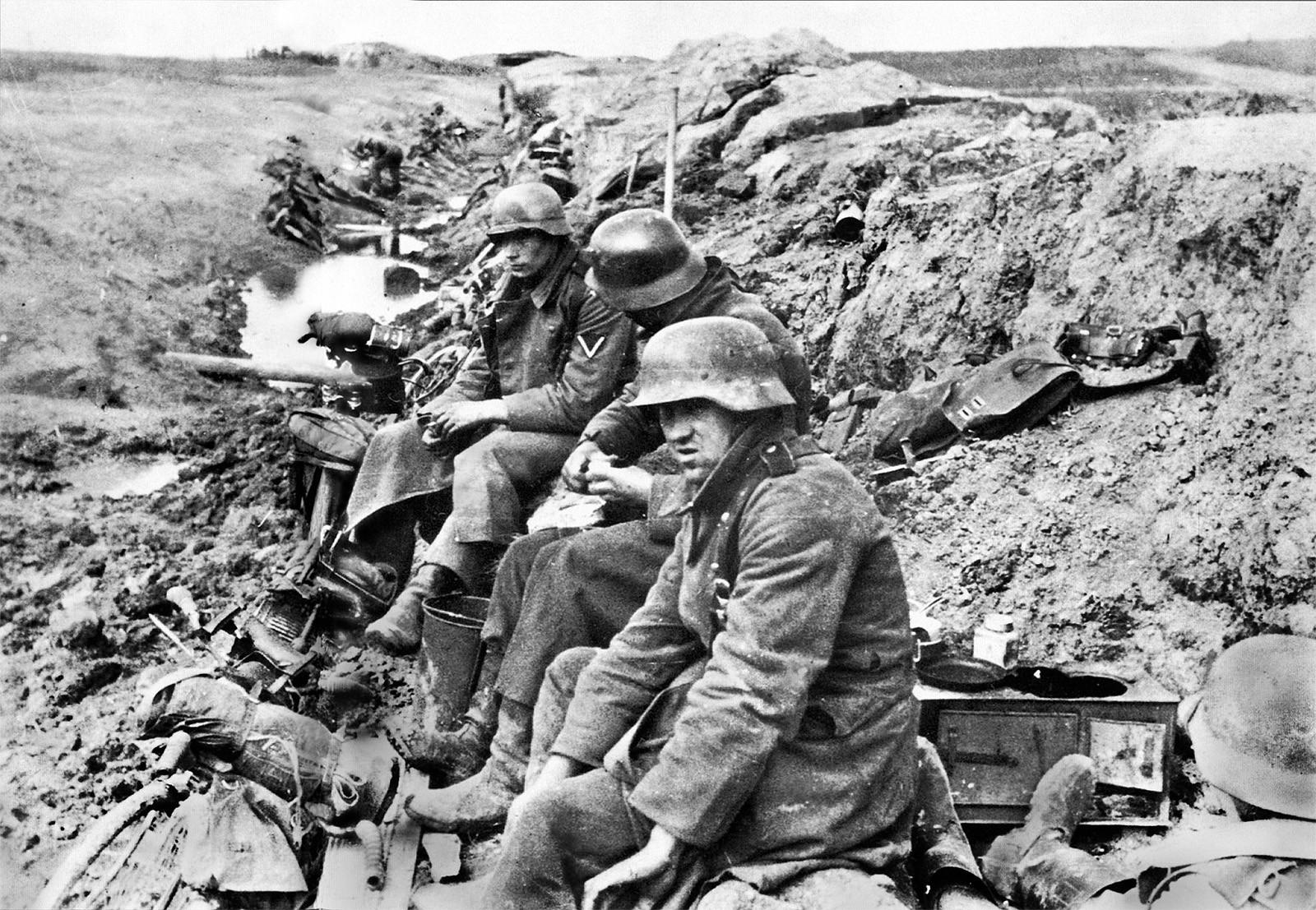 немцы под ленинградом в окопе вов