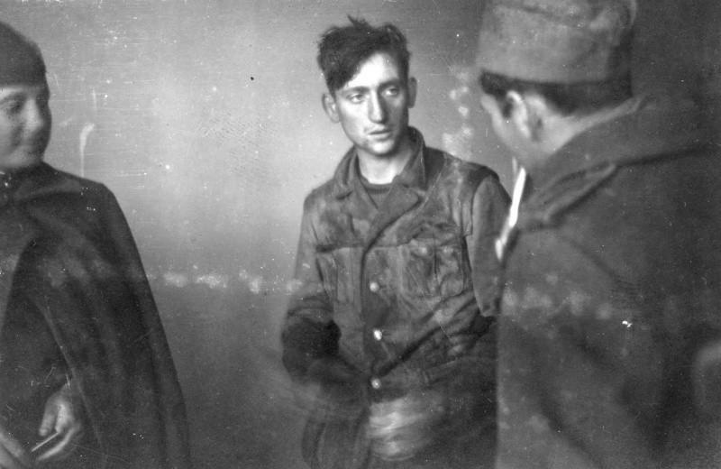 Допрос немецкого солдата ВОВ