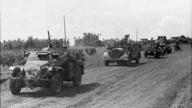 колонна немецких машин