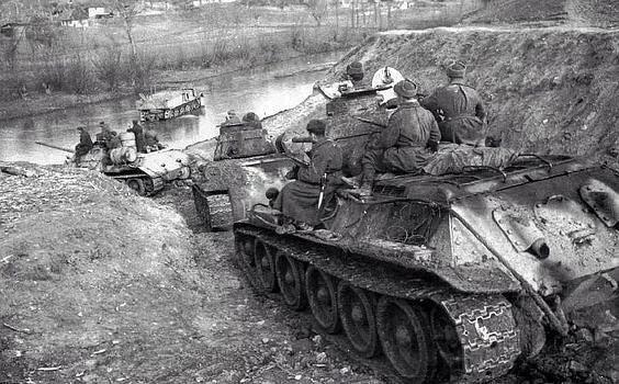 т-34 переправляются через реку вов