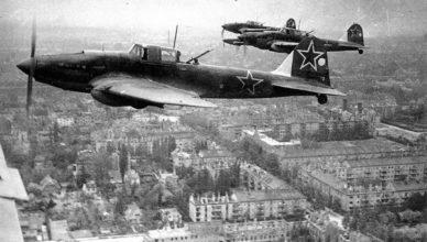 Советские штурмовики в небе над Германией