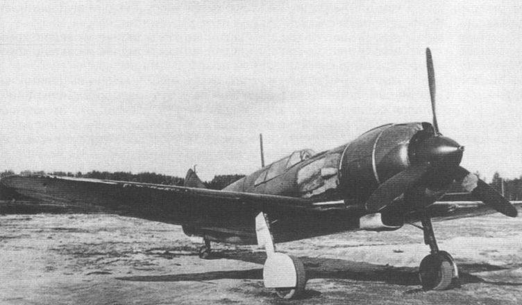 Ла-5 на аэродроме ВОВ