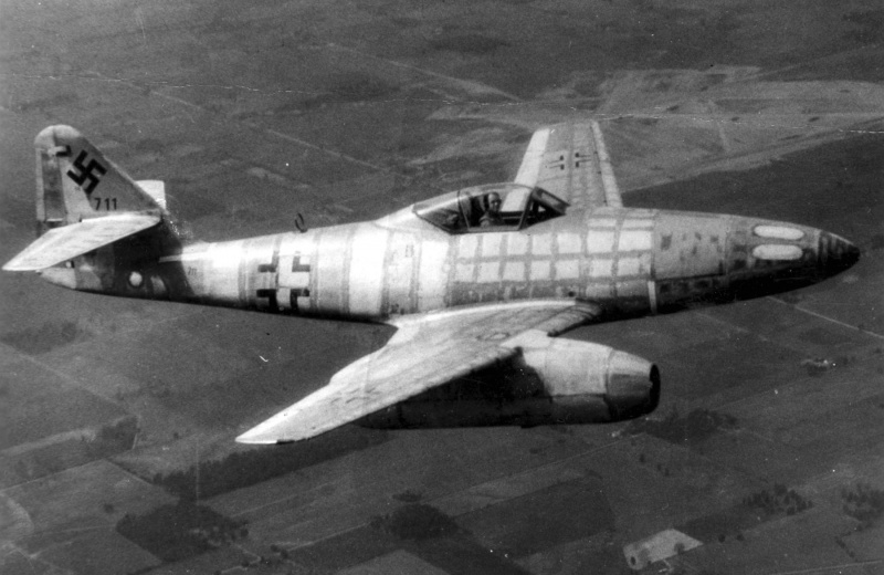 Новейшей реактивный немецкий самолет ВОВ