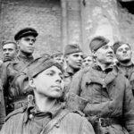 Наступающий 1943 год для наступающих бойцов