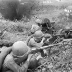 Советская армия ведет бой ВОВ