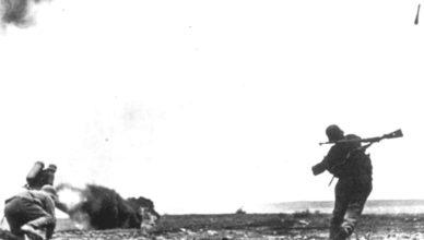 Солдат сраженный пулей ВОВ
