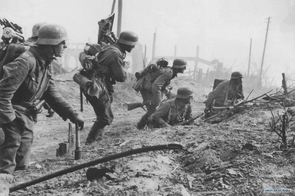 Немцы готовятся идти в атаку ВОВ