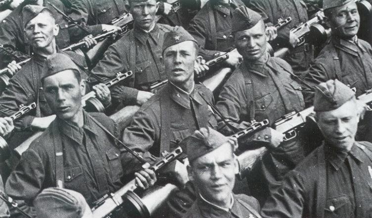 Отряд солдат с ппш ВОВ