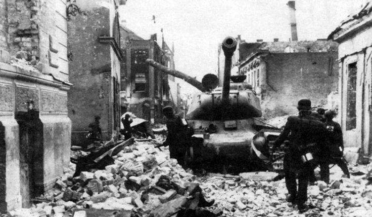 Подбитый танк ИС Прибалтика ВОВ