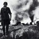 немцы жгут деревню