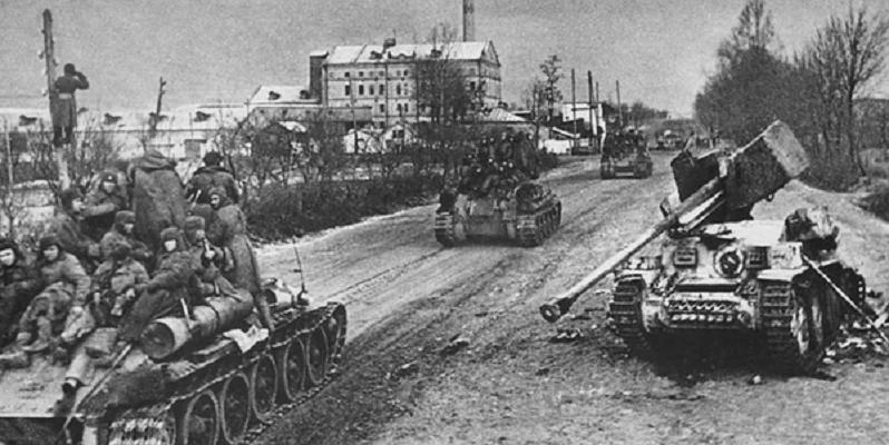 танки въезжают в город
