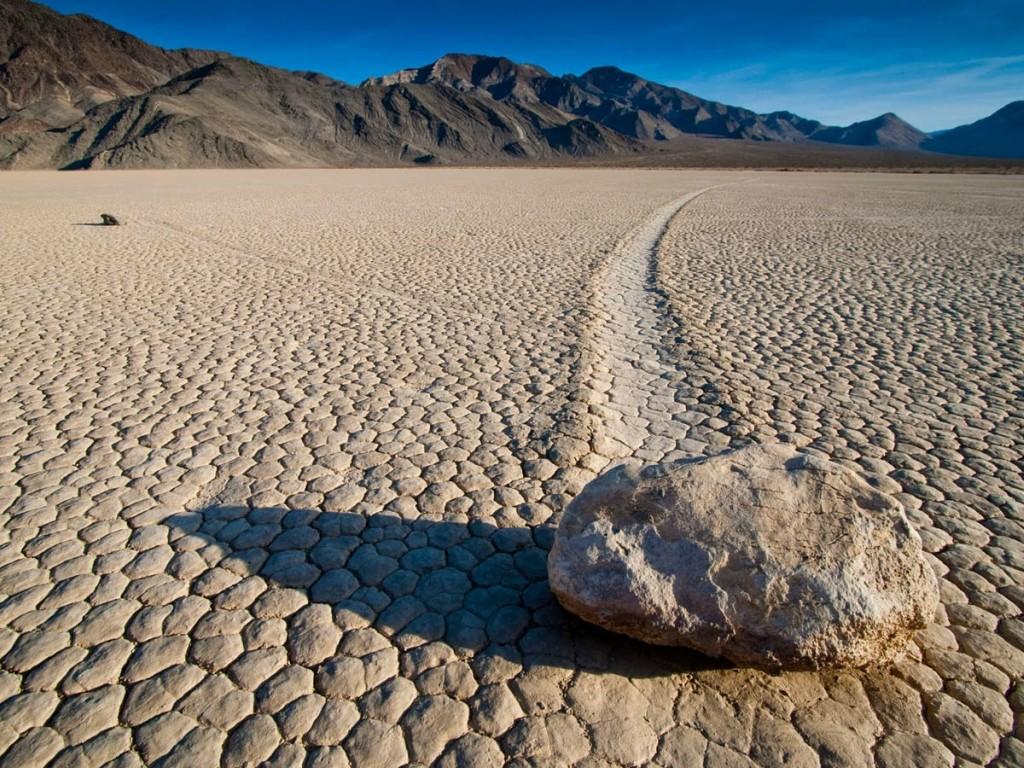 камни в долине Смерти