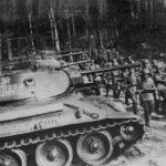 Преодолевая ожесточенное сопротивление немцев