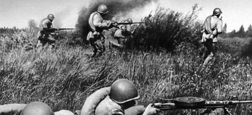 советские артиллеристы
