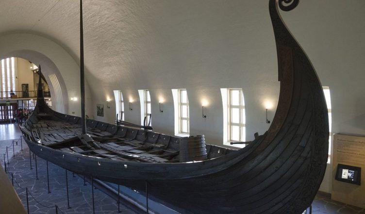 В Норвегии обнаружен древний корабль викингов
