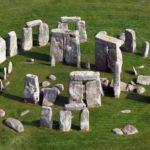Строительство трассы возле Стоунхенджа привело археологов в ярость