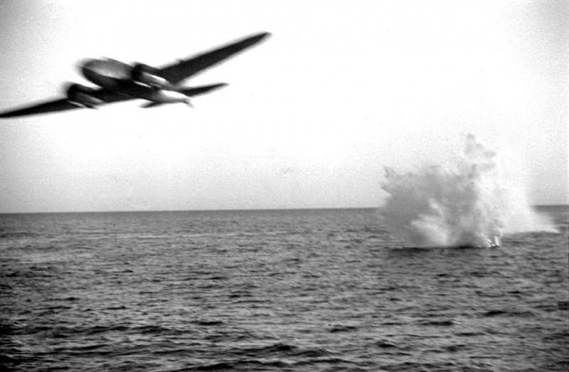 самолет против подлодки