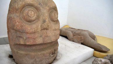 Кровавые жертвоприношения в древнем храме