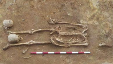 Обезглавленные скелеты найдены на римском кладбище