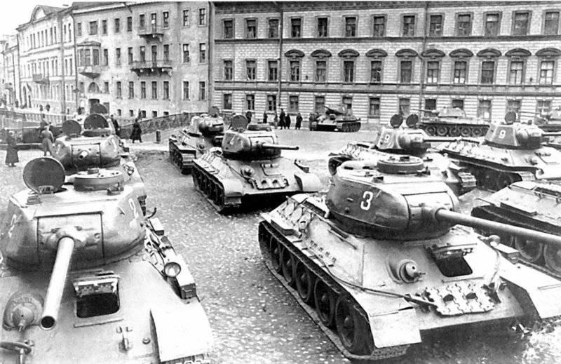 Сколько нужно танков для победы над Гитлером?