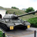 Как смогли переименовать ИС-10 в Т-10 при живом Сталине?