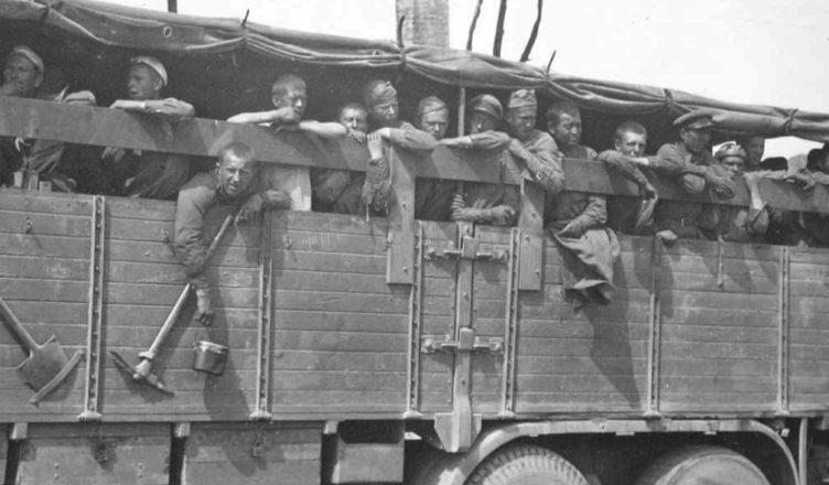 Как эвакуировали пленных при приближении освободителей