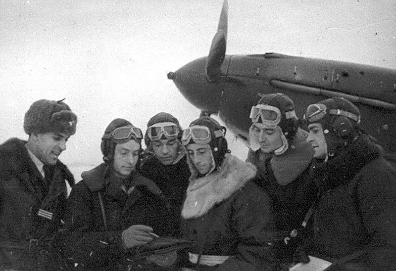 Случаи линчевания сбитых союзных летчиков толпой