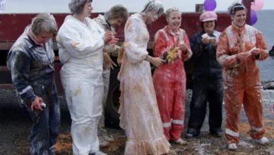 Самые странные свадебные обычаи