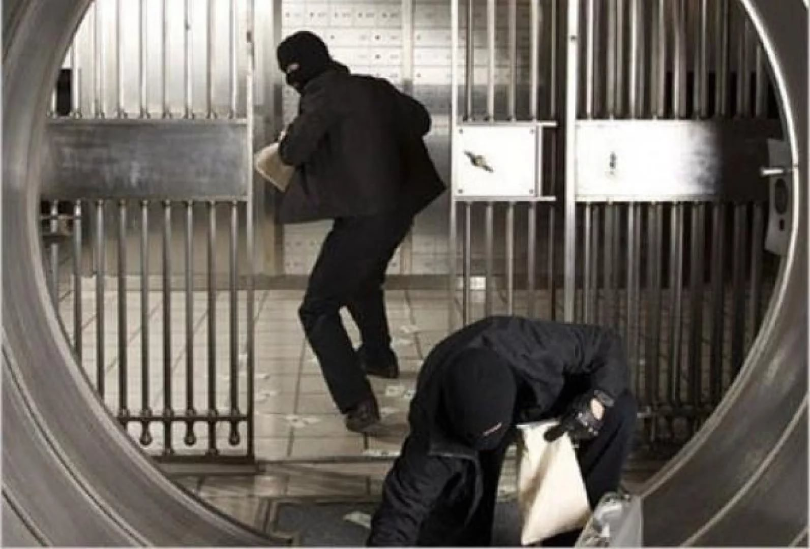Самые громкие ограбления банков в истории США