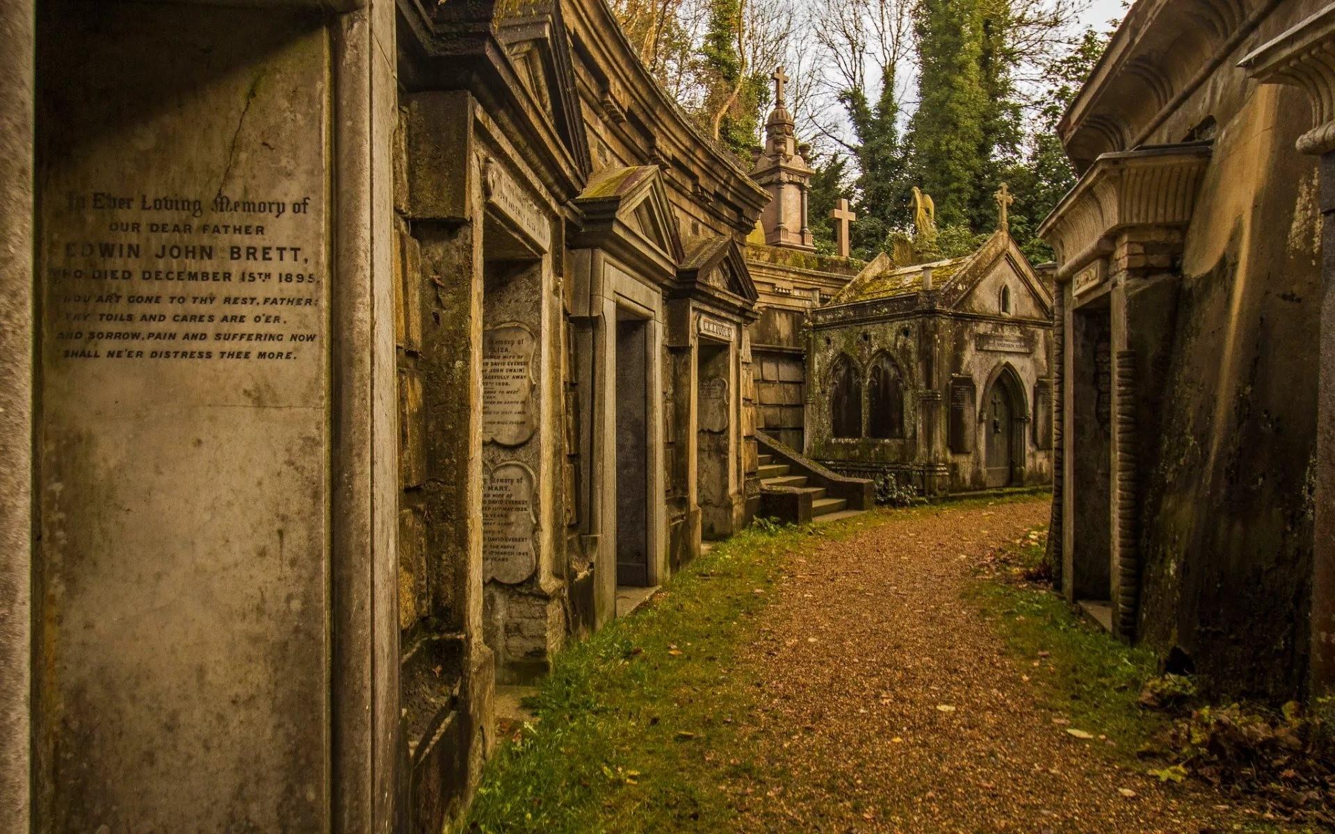 Великобритания. Кладбище Хайгейт
