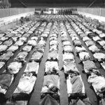 Как американцы хоронили своих погибших от пандемии