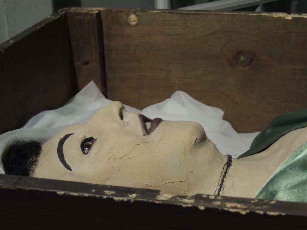 Карл Танцлер, полюбивший мумию