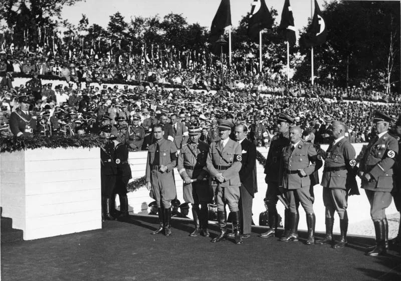 нацистских Нюрнбергских законов 1935 года