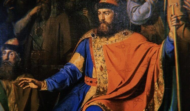 князь Владимир Святославич Красно Солнышко.