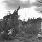 Труд и искусство ленинградских артиллеристов