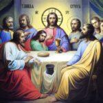 Все они вели богоподобную жизнь. В Церкви «Святыми» стали называть тех христиан, кто отличался духовной чистотой и мученической преданностью Христу. В Православной Церкви Святые были харизматическими фигурами. В них прообраз Христа отражался в различных образах.