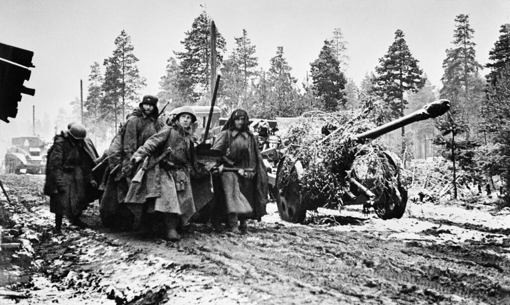 ленинградских артиллеристов