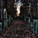 История самых призрачных могил