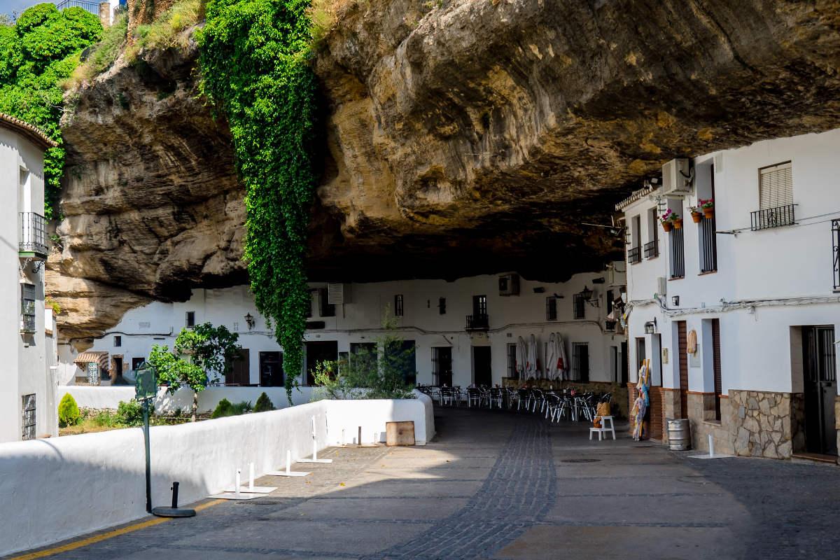 Сетениль-де-лас-Бодегас, Испания