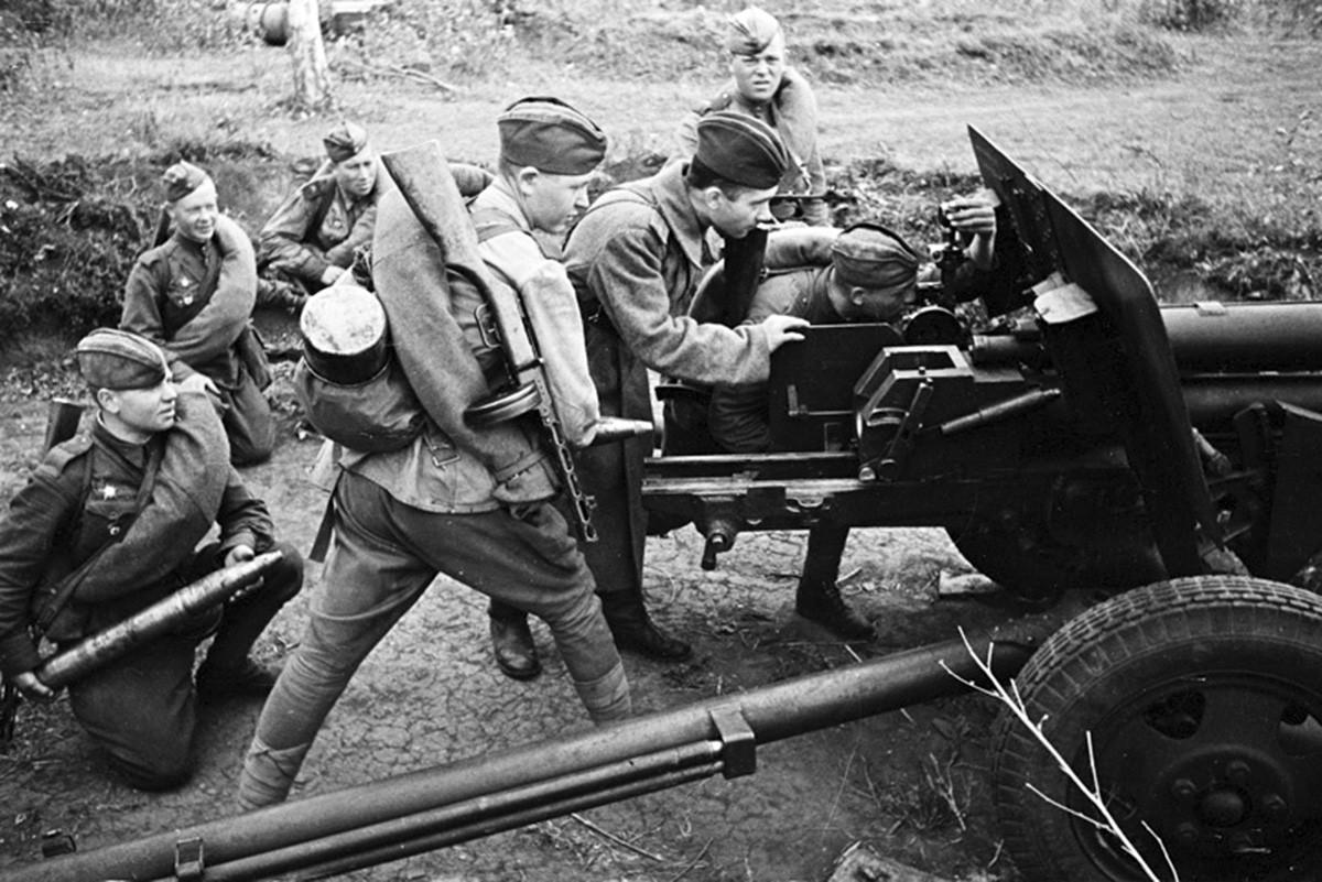 танкисты и артиллеристы