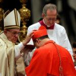 Саны священнослужителей в католицизме